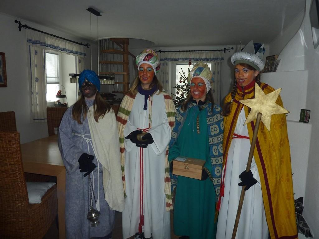 Die Sternsinger besuchen jedes Haus (c)Sylvia Schober