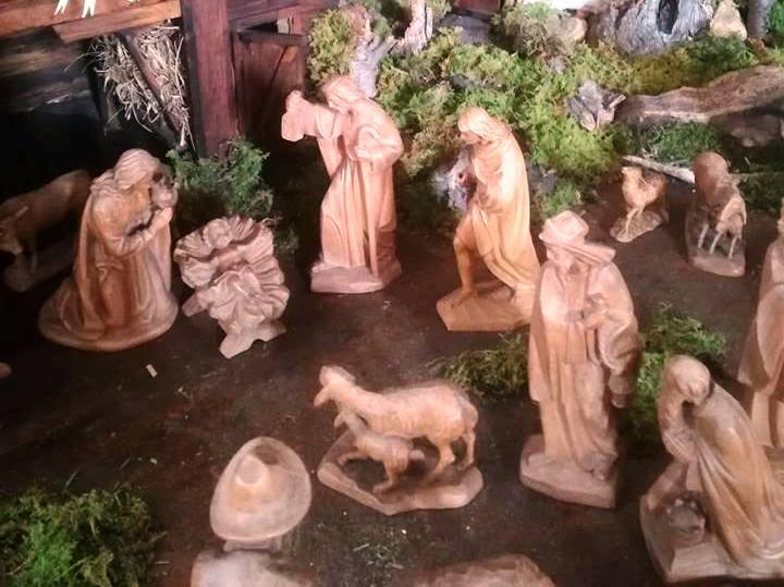 Heilige drei Könige huldigen vor der Krippe (c)Sylvia Schober